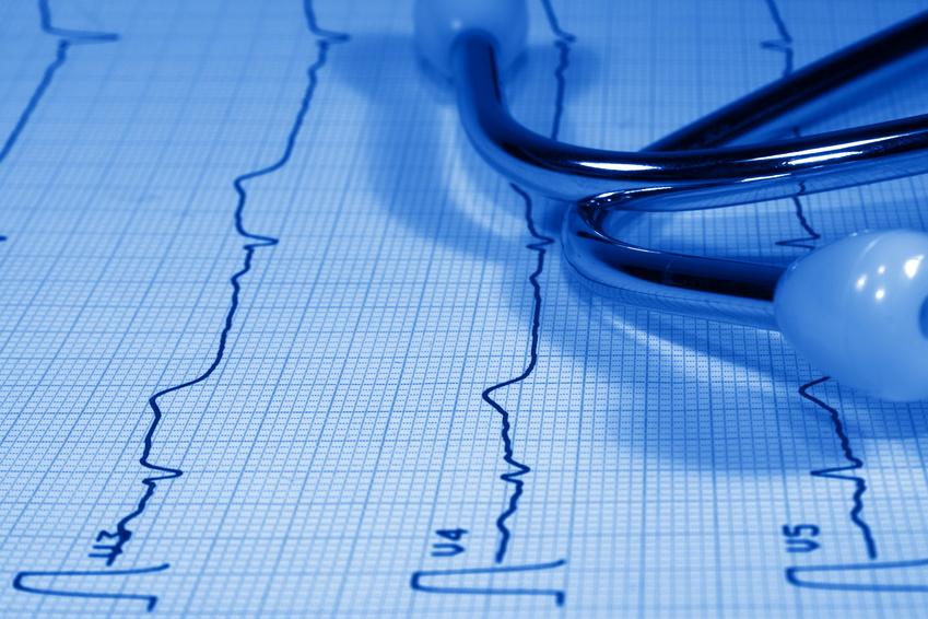 EKG mit Stethoskop